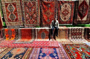 Yerevan_Vernissage_carpets
